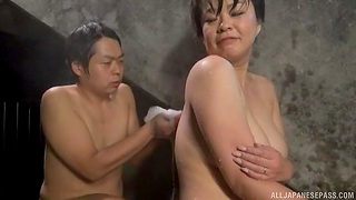 Chubby Japanese girl gets licked apart from a stranger in the pool