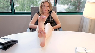 Horny boss Mona Wales spreads her legs to masturbate in the office