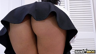 Alluring Latina girl Rose Monroe takes a well-known dick in her pussy