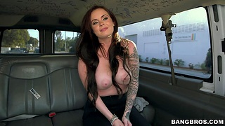 Quickie fucking regarding in all directions of the van with busty model Roxii Blair