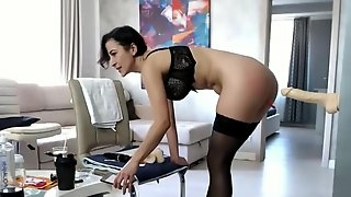 Pretty Hot Short-Haired Model Masturbates To Orgasm On Cam